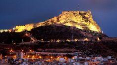 Vista panorámica nocturna de Alicante