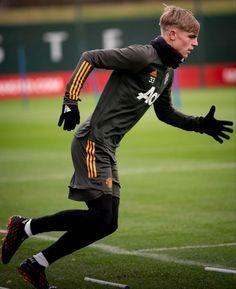 Brandon Williams, Manchester United Wallpaper, Manchester United Players, Soccer, The Unit, Sports, Hs Sports, Futbol, European Football