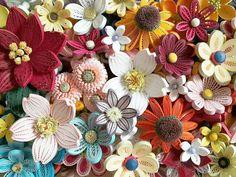 quilling flowers #quilling #paperquilling #quillingflowers #quillingart #papercrafts #paperart #paperflowers #handmade #공예 #종이감기 #종이감기공예 #종이감기꽃 #종이공예 #종이꽃 #핸드메이드 #취미 #クイリング #ペーパークラフト #手作り