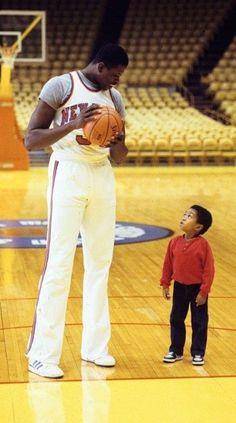 Basketball History, Basketball Legends, Basketball Uniforms, Sports Basketball, Basketball Players, Basketball Court, Sports Images, Sports Photos, Patrick Ewing