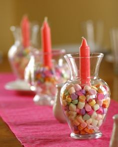 Easy Valentine table (easily adaptable for other holidays red/green m for christmas, eggs for easter etc...)