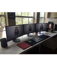 Triple monitor awesomeness found from @kevinhoalie's page. Honestly this is one…