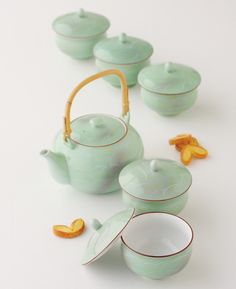 Tokyo Matcha Selection - [Value] Hasami Porcelain : SAGANO - Japanese Kyusu Tea pot