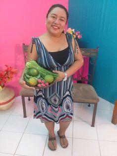 Rosy Pech los viernes en el canal 35 en Hola Cozumel. Nos brindan un espacio para comunicar la importancia de nuestros productos locales.