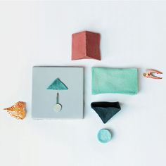 Royal College of Art graduate Jeongwon Ji has made her own bioplastic from crab shells.