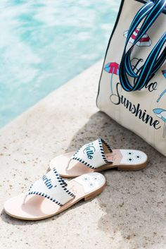 905f004d1cdb26 Reese Witherspoon Just Updated the Sandals Jackie Kennedy Made Famous