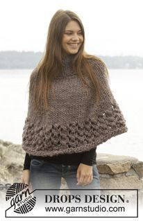 """Knitted DROPS poncho in stockinette st with lace pattern, worked top down in """"Polaris"""". Size: S - XXXL. ~ DROPS Design"""