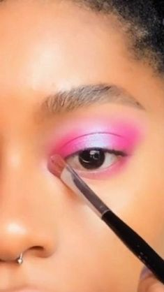 Makeup Hacks, Makeup Tutorials, Makeup Inspo, Makeup Ideas, Makeup Tips, Hair Makeup, Girl Life Hacks, Girls Life, Makeup Eyeshadow