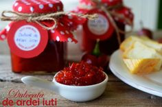 dulceata de ardei iuti Chocolate Fondue, Cherry, Strawberry, Cooking Recipes, Sweets, Fruit, Desserts, Food, Canning