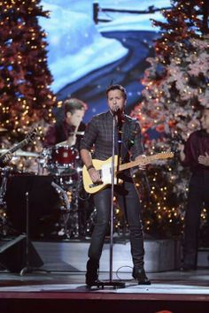 Luke Bryan at CMA Country Christmas