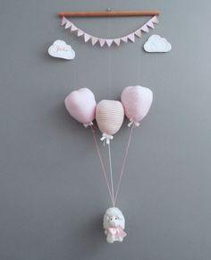 Móbile Ovelha suspensa por balões rosa móbile de teto, decoração de quarto de…