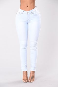 - Available in Light - Mid Rise - 5 Pocket Design - Contrast Stitching - Skinny Leg - 80% Cotton, 15% Polyester, 5% Spandex
