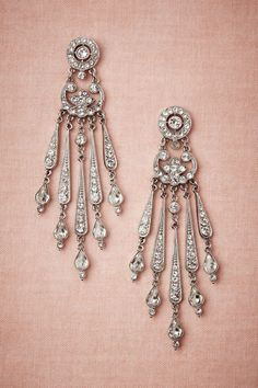 Beautiful- looking just like the earrings I wore on my wedding day!