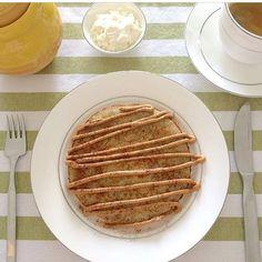 Bom dia! Quer uma dica de café da manhã funcional? Olha aí a receita de colega nutricionista @nutrideborawagner com a receita de Panqueca de Batata Doce:  2 ovos  1 colher de sopa de farinha de amêndoas  50g de batata doce cozida  1 pitada de sal rosa do Himalaia Processe todos os ingredientes e leve para dourar numa frigideira untada com óleo de coco. Recheie conforme preferência... Uma dica é pasta de amendoim com canela   #bomdia #goodmorning #coffee #cafédamanhã #comidasaudável…