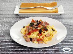 Lasagnette Caserecce con salsiccia al vino bianco e olive taggiasche