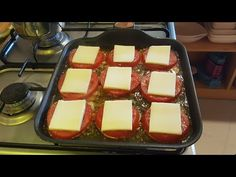 YouTube Food Bowl, Sweets Recipes, Griddle Pan, Bon Appetit, Yummy Treats, Waffles, Cheesecake, Brunch, Food And Drink