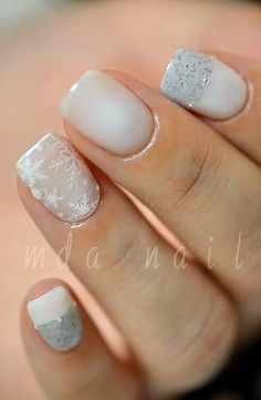 snowflakes / sand