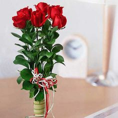 http://www.flowerwyz.com/floral-arrangements-floral-delivery-from-local-florists-and-online-florists.htm florist