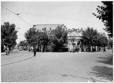 Intersecţia dintre străzile Cobălcescu (stânga) şi Schitu Măgureanu (dreapta) © Arhiva Muzeului Municipiului Bucuresti Bucharest, Street View, Outdoor, Dan, Photos, Outdoors, Outdoor Living, Garden