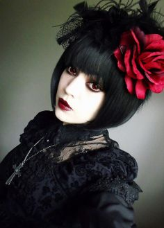 Cute Black Lace Gothic Lolita Dress / Rose Headpiece / Fashion Photography / Gothique Girl / Cosplay // ♥ More at: https://www.pinterest.com/lDarkWonderland/