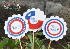 Ideas Para El Dieciocho. [Decoración] Wrapping Paper Crafts, Farewell Parties, Ideas Para Fiestas, Cute Cookies, Decorating On A Budget, Classroom Decor, Independence Day, Fourth Of July, Holiday Crafts