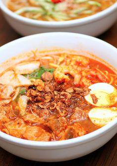 Penang Hokkien Prawn Mee with Pork Ribs