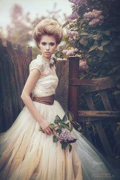 Un toque de María Antoñeta para este estilismo de #boda