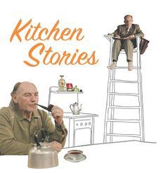 Kitcken stories - Racconti di cucina (2003) Bent Hamer. Il film mette in scena una bizzarra indagine sociologica compiuta sugli abitanti (maschi single) di un paesino della Norvegia. Gli osservatori seguono e annotano la vita domestica dei candidati,  dall'alto di un seggiolone, per evitare di condizionarli.