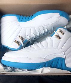 white and blue nike air jordans Women's Shoes, Lit Shoes, Hype Shoes, Shoe Boots, Jordan Shoes Girls, Girls Shoes, Womens Jordans Shoes, Jordans Girls, Michael Jordan Shoes
