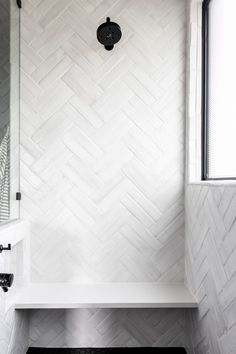 Bath Tiles, Bathroom Tile Designs, Bathroom Interior Design, Bath Trends, Bathroom Trends, Bathroom Ideas, Master Shower Tile, Master Bathroom, Bathroom Spa