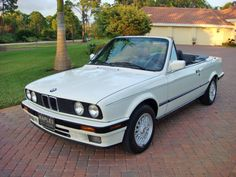 1992 BMW 325iC Convertible Bmw E30 Cabrio, Bmw E30 325, Bmw E21, Bmw E30 Convertible, Carros Retro, Bmw Classic Cars, Exotic Sports Cars, Bmw Series, Benz Car