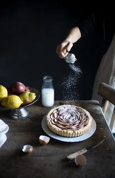 Crostata di farro alle mele- Apple crostata with spelt flour (vegan) · Frames of sugar - Fotogrammi di zucchero Cooking Photography, Food Photography Styling, Food Styling, Art Photography, Pear Tart, Spelt Flour, I Foods, Food Art, Love Food