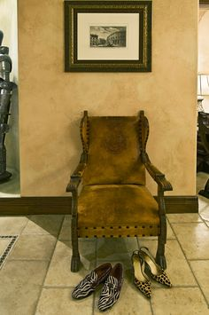 Hotel Granduca #Houston, #Texas Italian artifacts #art #chair #shoes