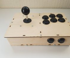 Laser Cut Portable Arcade Fight Stick for Raspberry Pi: 9 Steps Old School Arcade Games, Arcade Stick, Raspberry Pi Projects, Laser Cutting, Origami, Diy Crafts, Retro, Logan, Make Your Own