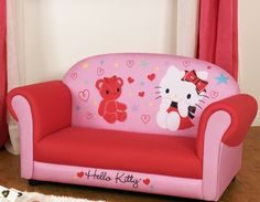 mundo-hello_kitty_sofa_1