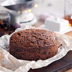 Mary Berry's rich fruit Christmas cake Recipe | delicious. Magazine free recipes
