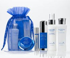 Hydroxatone AM/PM Anti-Wrinkle Complex SPF 15: A multi functional anti aging powerhouse and moisturizer all in one. Our best selling age defying formula is clinically proven to soften the appearance of visible lines, wrinkles and crow's feet by helping the skin stimulate the production of collagen. This one product serves as your daytime moisturizer, your nighttime moisturizer, your anti aging treatment and SPF 15 sunscreen.  #hydroxatone_reviews #beauty #skincare #hydroxatone #anti_aging