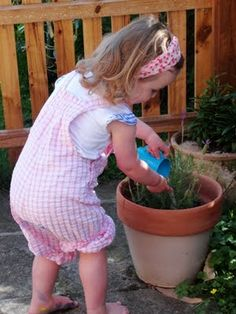 20 Reasons Why it's Great to Get Gardening  Gardening offers so many opportunities for young children, whether they have a large open space to explore, or a few containers on a patio, the benefits are plentiful.