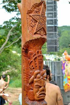 Mayan mask and Geometric  Reveilloz 3
