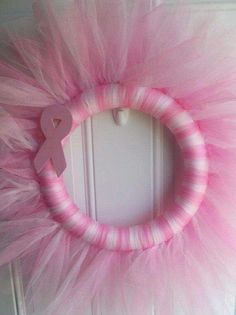Breast-cancer support wreath