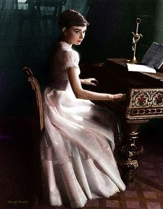 Audrey Hepburn such a lovely lady. The piano looks like it's from the early Golden Age Of Hollywood, Classic Hollywood, Old Hollywood, Audrey Hepburn Mode, My Fair Lady, Pin Up, Retro, My Idol, Movie Stars