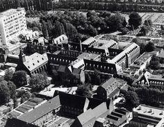 Bron: Rijckheyt.nl   Luchtopname van het ziekenhuis, 1962