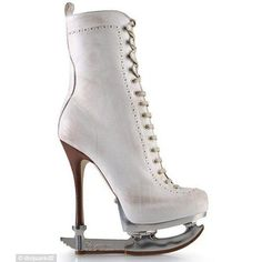 Fashionable ice skates - To all my skating Girls I couldn't even imagine skating in these things, there isn't even a toe pick.