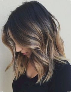 Awesome 66 Beautiful Brunette Medium Hair Style Inspiration from https://fashionetter.com/2017/08/27/66-beautiful-brunette-medium-hair-style-inspiration/