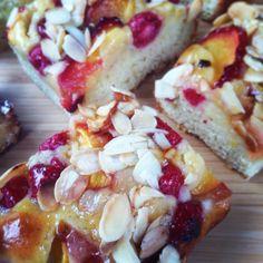 Melba slices Hawaiian Pizza, Treats, Baking, Food, Sweet Like Candy, Goodies, Bakken, Essen, Meals