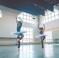 👉🏻👉🏻 ・・・ The Boston Ballet Shop is excited to announce their partnership with Principal Dancer Ashley Ellis. Available through pre-order only, purchase BB embroidered legwarmers before they're gone! 📷 Addie Tapp & Hannah Bettes by Ballet Shop, Ballet Class, Ballet Dancers, Ballerinas, All About Dance, Dance With You, Dancing In The Rain, Dance Photos, Dance Pictures