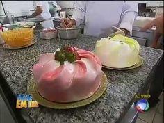 Direto da padaria, Edu Guedes mostra tradicional receita de pão de ló #Receitas - YouTube