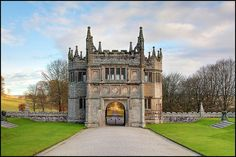 """bluepueblo: """"Gatehouse, Lanhydrock, England photo by Beccy Melling """" Small Castles, English Architecture, Gate House, Amazing Buildings, The Great Outdoors, Old World, Britain, Scenery, Around The Worlds"""