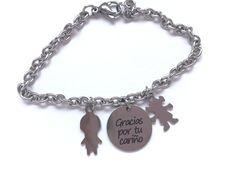 8a503c59aded Pulsera con niños y medalla grabada personalizada tendencia complementos