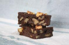 Le brownie, un classique en version sans gluten, gourmande et ultra-moelleuse Sans Gluten, Desserts, Recipes, Loin, Cas, Almond Flour, Chocolates, Tailgate Desserts, Deserts
